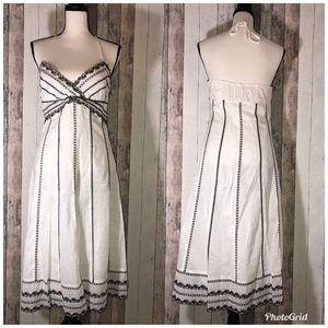 White House Black Market Embroidered Dress sz6